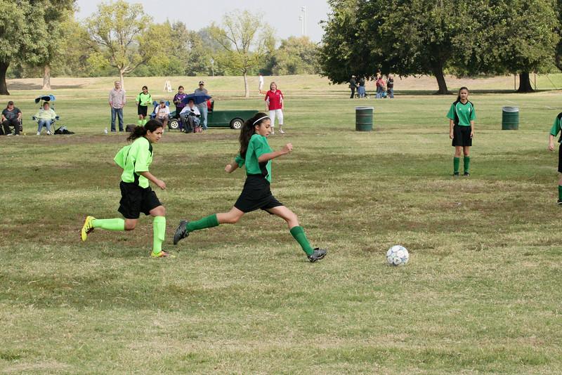 Soccer2011-09-17 11-05-16_2.JPG