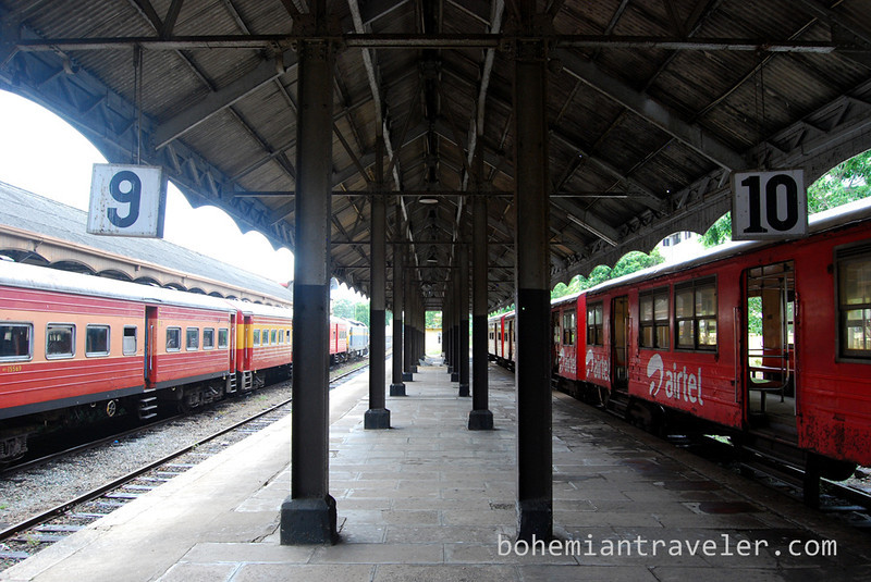 Colombo Fort Station Sri Lanka (2).jpg