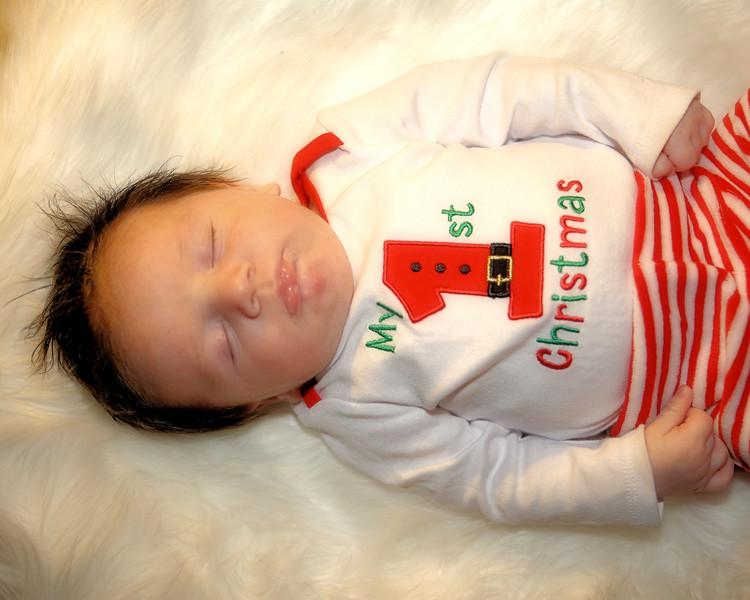 IMG_3121 Medel Newborn Color.jpg