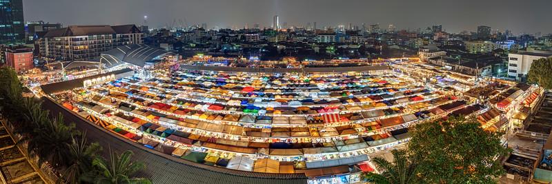Talat Rotfai Night Market Panorama