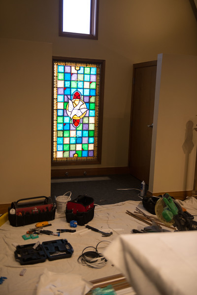 stainedglass-install-0527.jpg