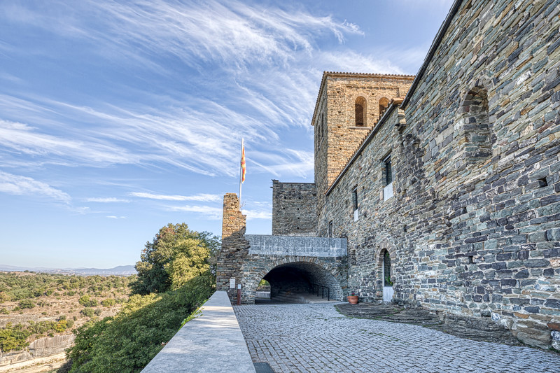 Sant Pere de Casserres, Entrance (Catalonia)