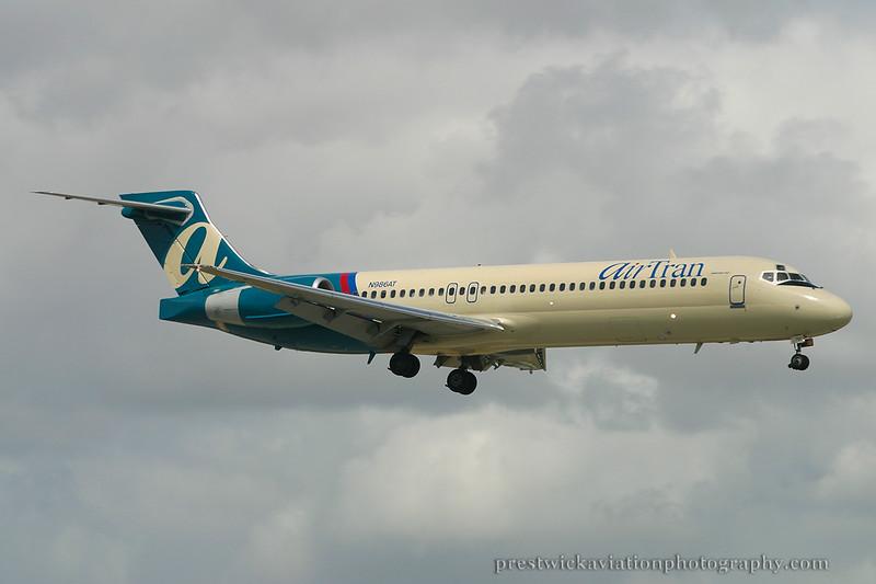 N986AT. Boeing 717-231. Air Tran. Miami. 030304.