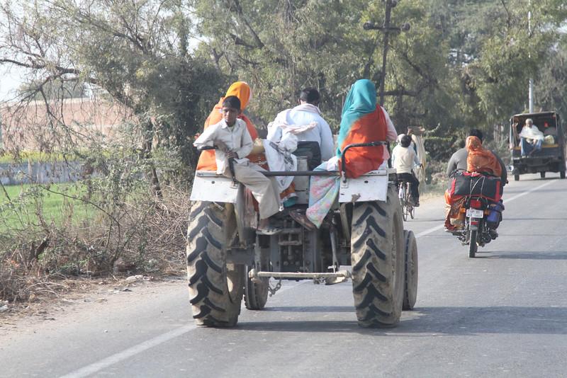 India_2012Feb-6328.jpg