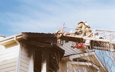 Armarillo Drive Fire 12-2-2001