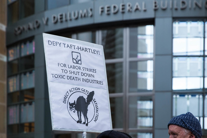20170120 - T48A9671 -#J20 Oakland Ronald Dellums Federal Building Picket Strike  - photographed by Sam Breach 2017 - 1080 short edge.jpg