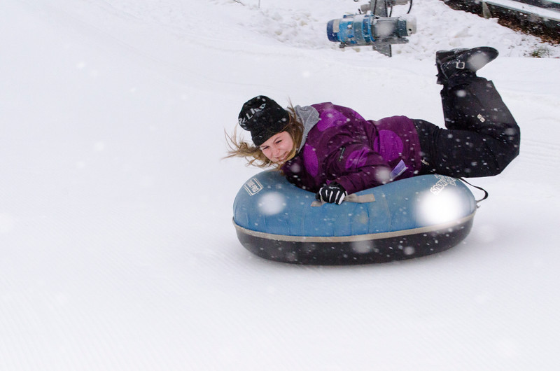 Opening-Day-Tubing-2014_Snow-Trails-71045.jpg