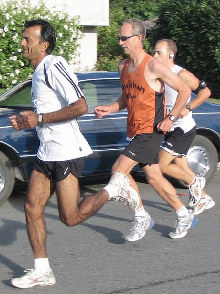 2005 Run Cowichan 10K - img0065.jpg