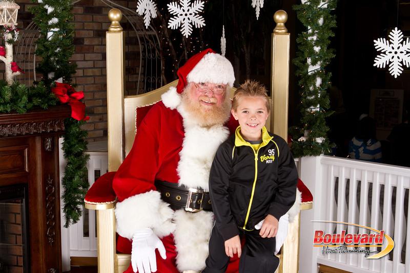 Santa Dec 8-143.jpg