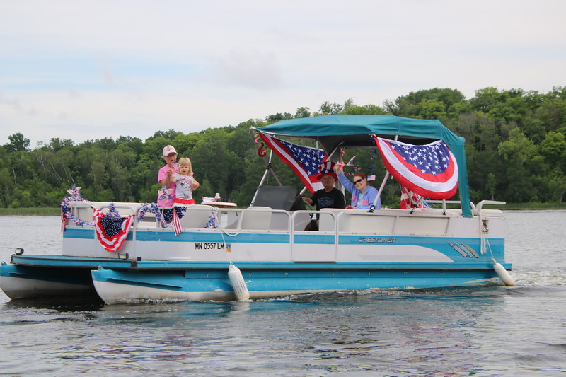 2019 4th of July Boat Parade  (33).JPG
