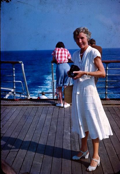1950 08 Queen of Bermuda 11.jpg