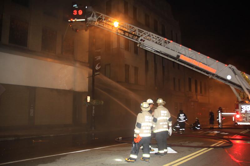 Chicago Fire Dept 3-11 63rd & halsted 032.JPG