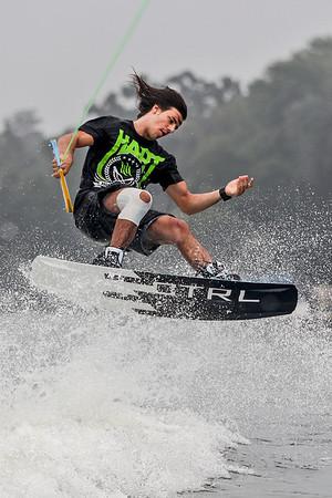 20130806 - wakeboarding (SN)