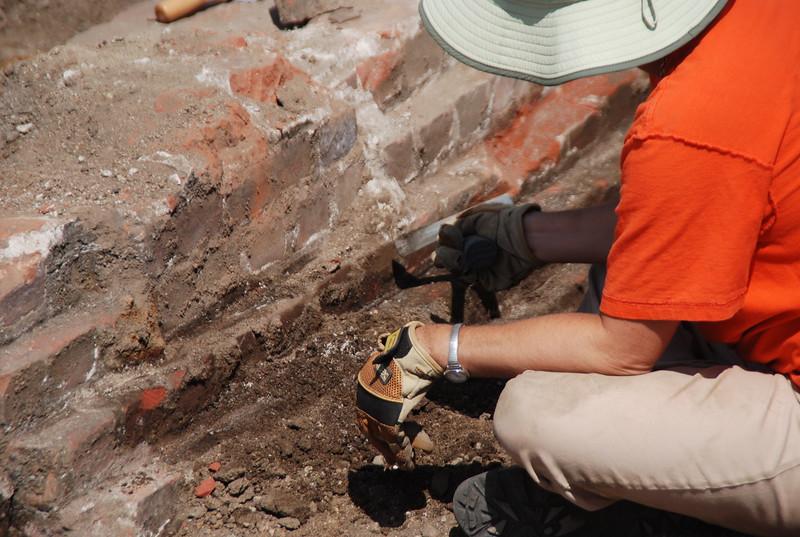 2010-07-02_LASHP_Archeology_05.JPG