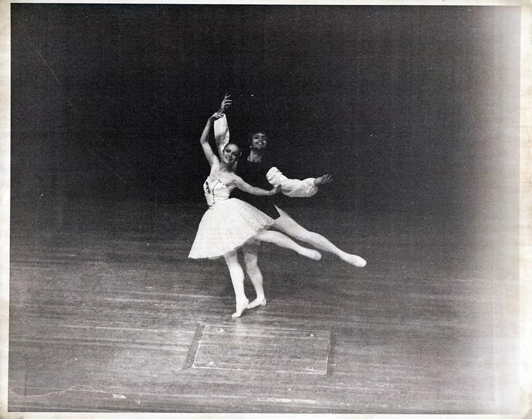 Dance_1266_a.jpg