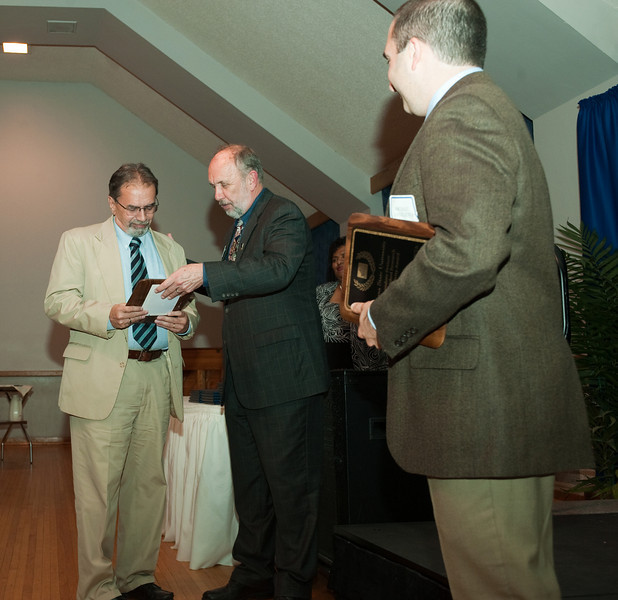 04_30_09_faculty_awards (99 of 159).jpg