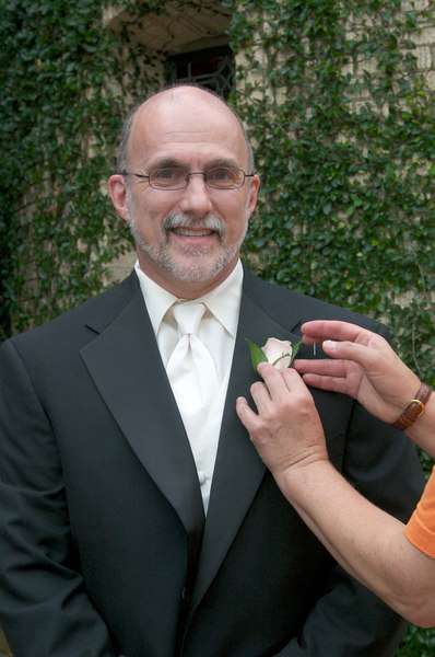 Mike getting his boutonniere.