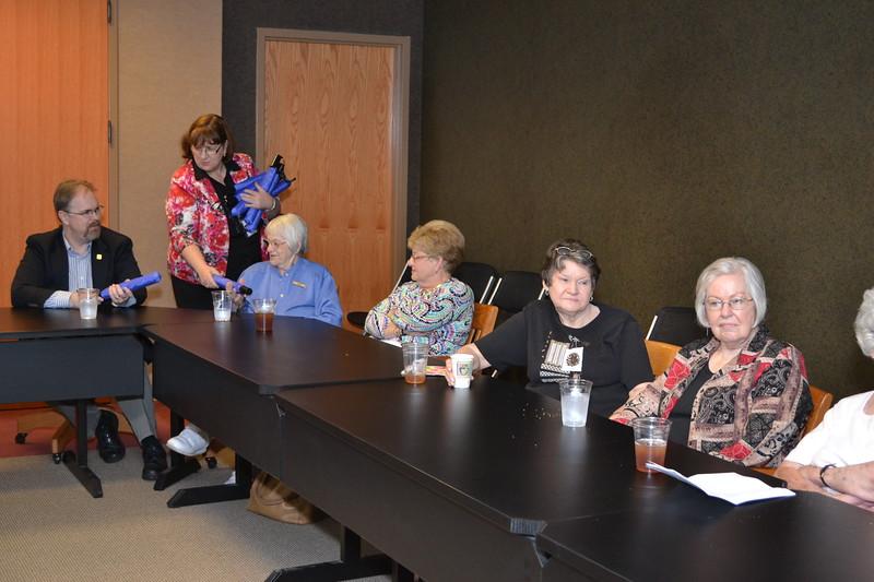 Thank you Friends of Homewood Library volunteers #8.jpg