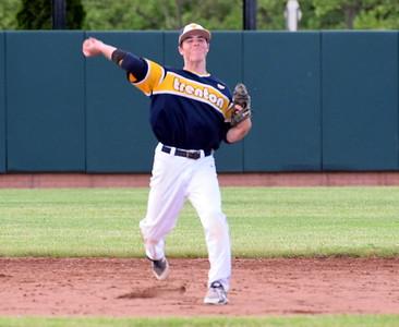 HS Sports - New Boston Huron vs. Trenton Regional Baseball
