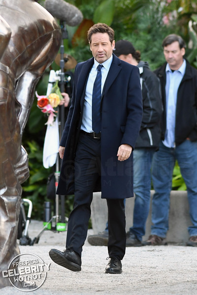 Just A Normal Day For Fox Mulder As David Duchovny Films Season 11 Of The X-Files
