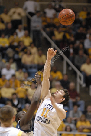 25221-Mens Basketball vs. Pittsburgh