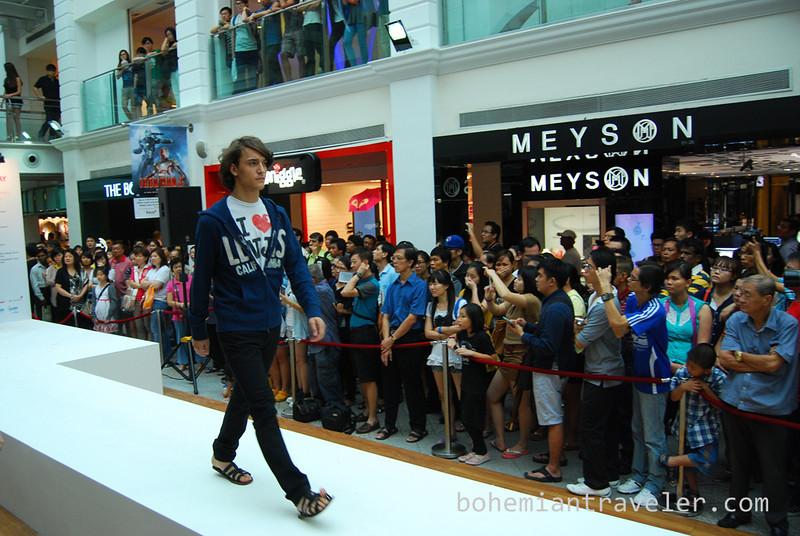 Singapore fashion show (6).jpg