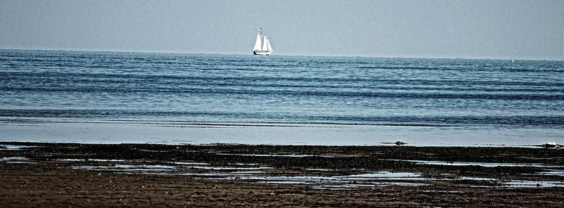 schooner1.jpg