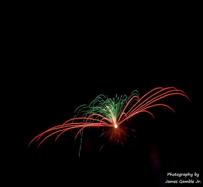Fourth-of-July-Fireworks-2016-0368.jpg