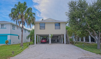 2407 Ave B, Bradenton Beach