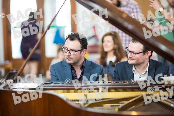 Bach to Baby 2018_HelenCooper_Islington-Highbury-2018-05-26-37.jpg