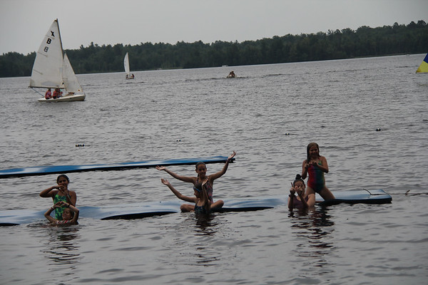 Watershow - Swim, Sail and Ski!