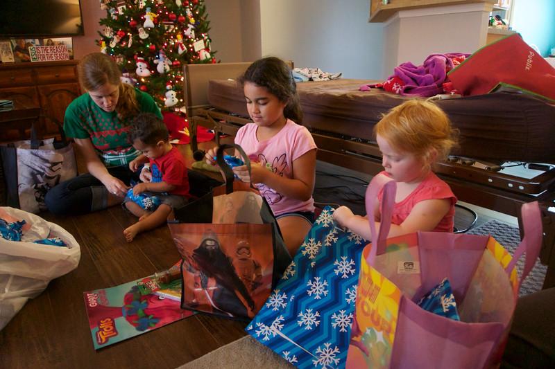 2016_FAMILY CHRISTMAS_ 68.jpg