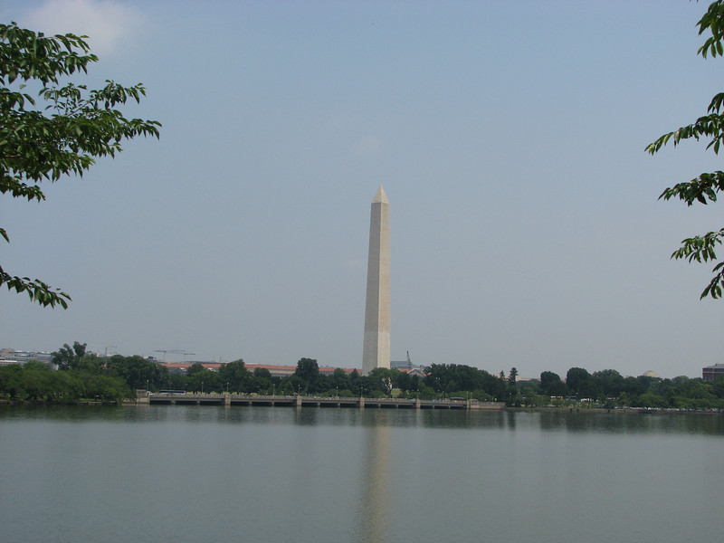 The Washington Monument.... Do YOU know why it's two-toned?!?
