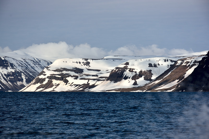 Djúpuhlíðarfjall og Mórilluhorn