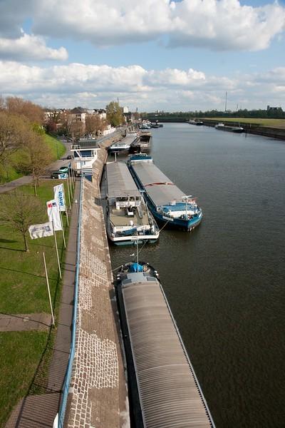 Duisburg Ruhrort - Homberg 04 2012