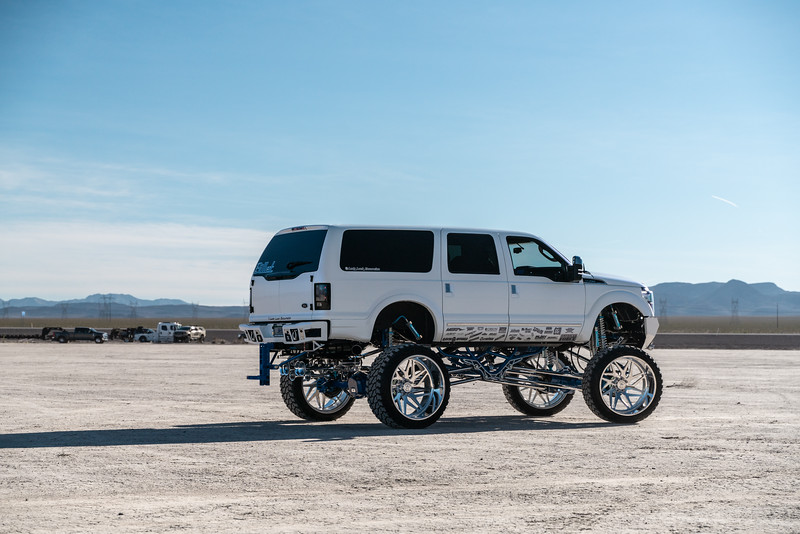 @lady_luck_excursion v.2 2016 @Ford Excursion Conversion 30x16 #GENESIS CONCAVE 42x16.5r30 @FuryOffroadTires-74.jpg
