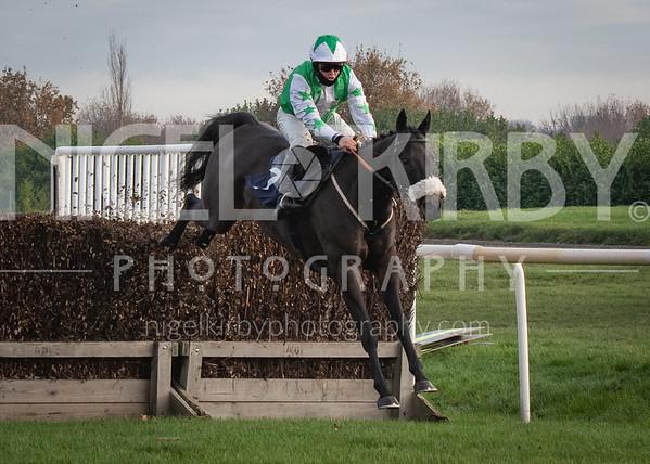 Doncaster Races - Fri 27 Nov 2020