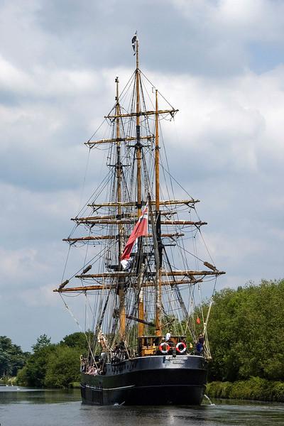 Spare Tall Ships Gloucester and Sharpness Canal Kaskelot 4 x 6 300 dpi  focalblade-2.jpg