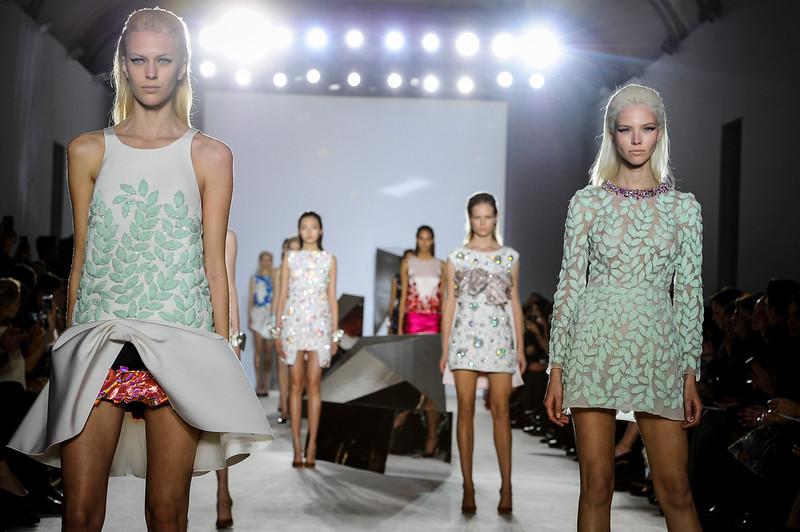. Models wear creations from Giambattista Valli\'s Spring-Summer 2014 Haute Couture fashion collection presented in Paris, Monday, Jan. 20, 2014. (AP Photo/Zacharie Scheurer)