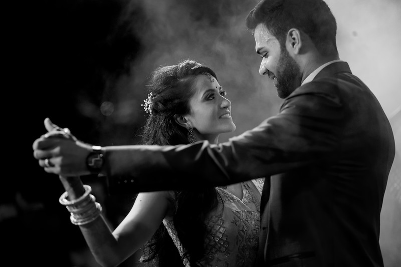 Candid Wedding Photographer Ahmedabad-1-95.jpg