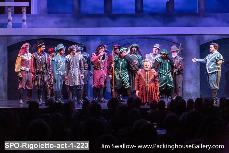 SPO-Rigoletto-act-1-223.jpg