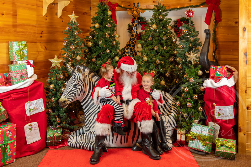 2019-12-01 Santa at the Zoo-7304.jpg