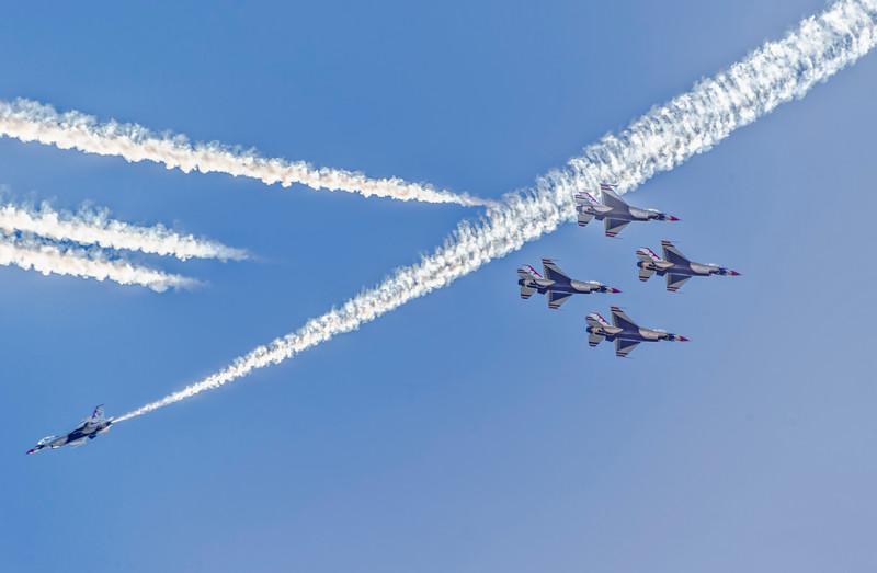 Thunderbirds-21.jpg