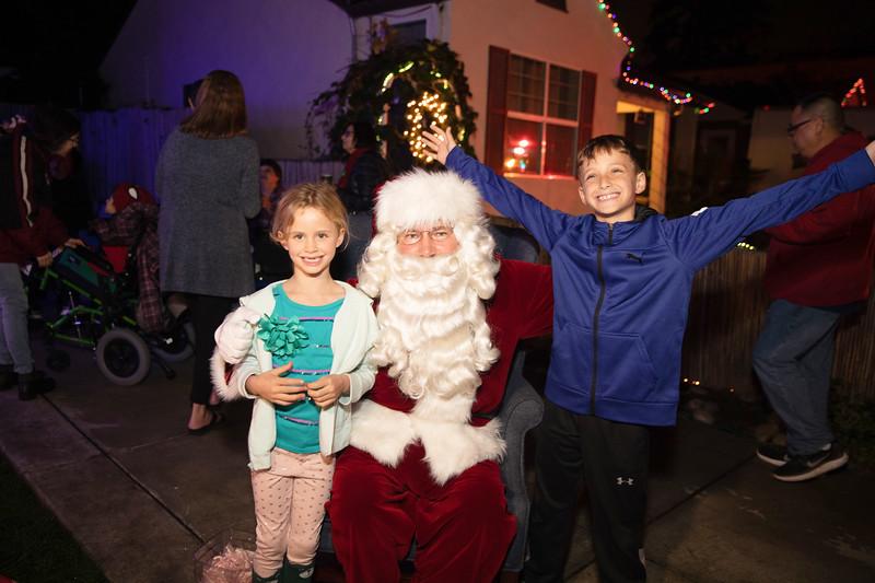 12-08-19-Christmas With Chris & Family-30.jpg