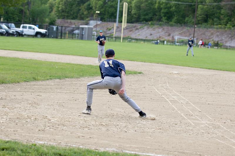 freshmanbaseball-170523-035.JPG