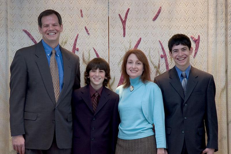 Larry, Jacob, Karen and Sam   (Dec 03, 2005, 10:47am)