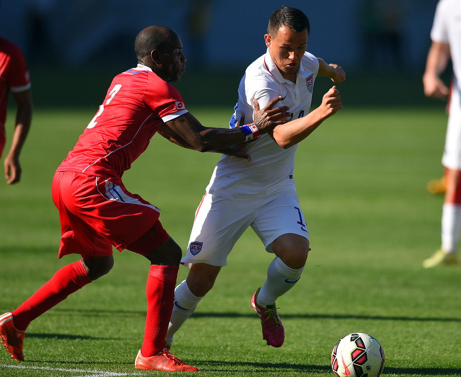 . Panama�s Leonel Parris gives a little push to USA�s Luis Gil at the StubHub Center in Carson, CA on Sunday, February 8, 2015. US men\'s national team beat Panama 2-0 in an international friendly soccer match. 2nd half. (Photo by Scott Varley, Daily Breeze)