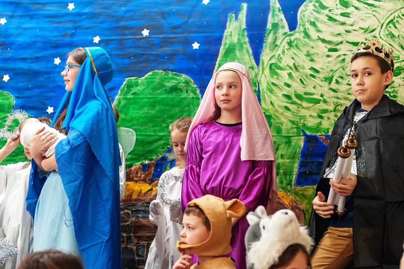 20191209 Faith Children Advent Family Gathering-8050.jpg