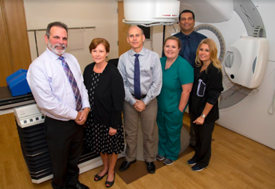 etmc-cancer-institute-in-athens-unveils-new-linear-accelerator
