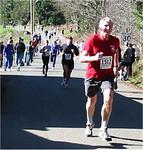 2003 Hatley Castle 8K - Dan Fraser strains for the finish